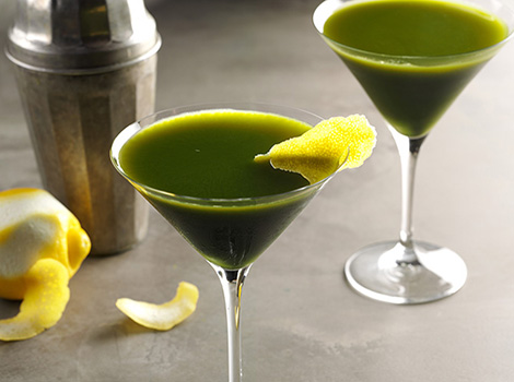 Blog_Recipes_Matcha-Martini_THUMB